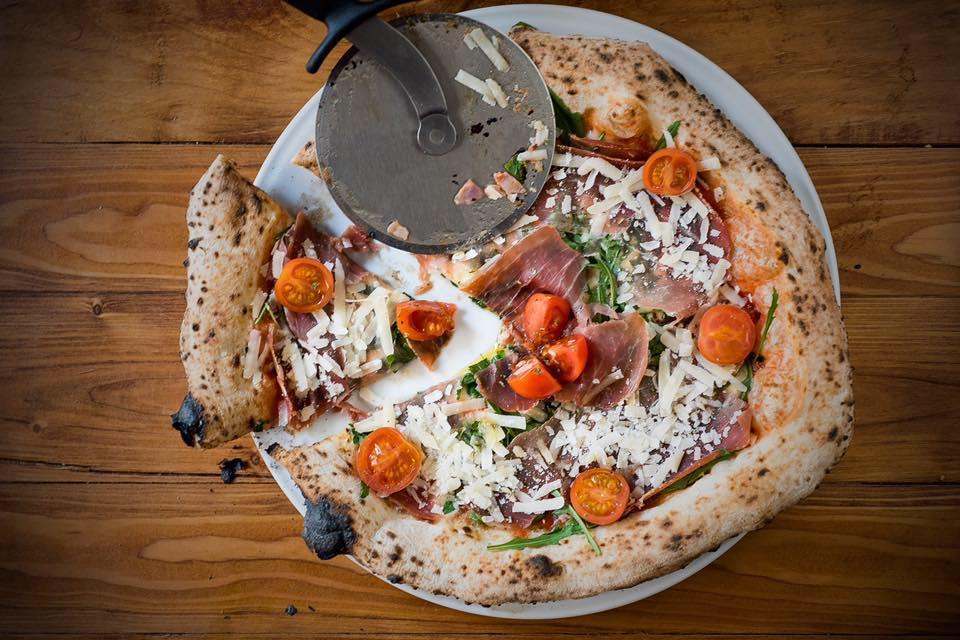 Grosso Napoletano abre un nuevo restaurante y regala 150 pizzas