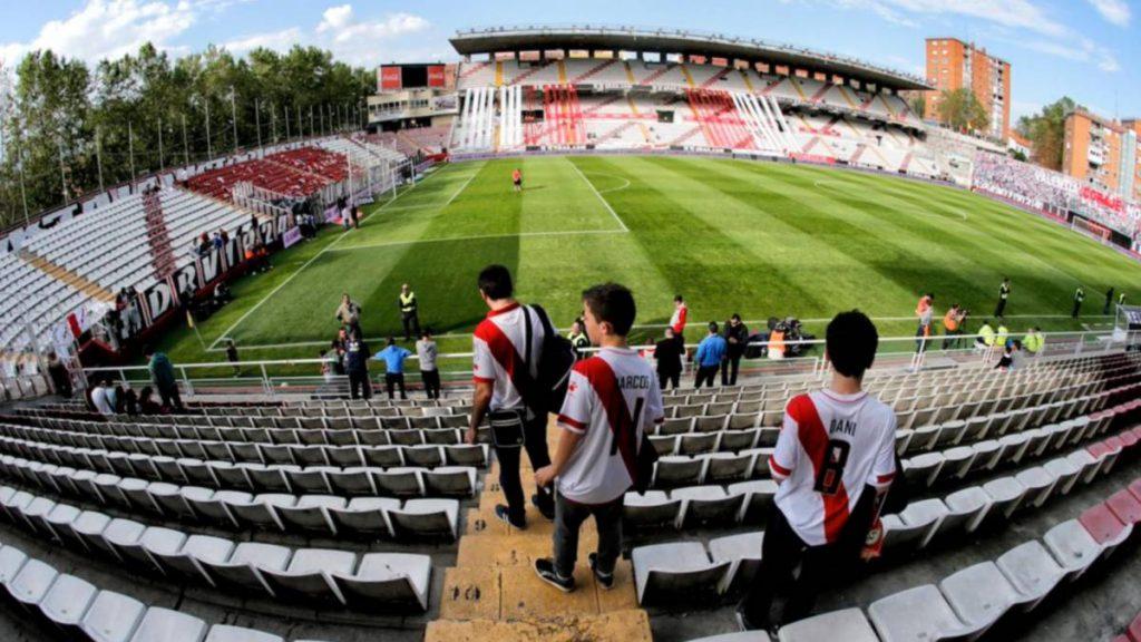 El Rayo Vallecano se quedaría sin su mítico estadio al acabar la temporada