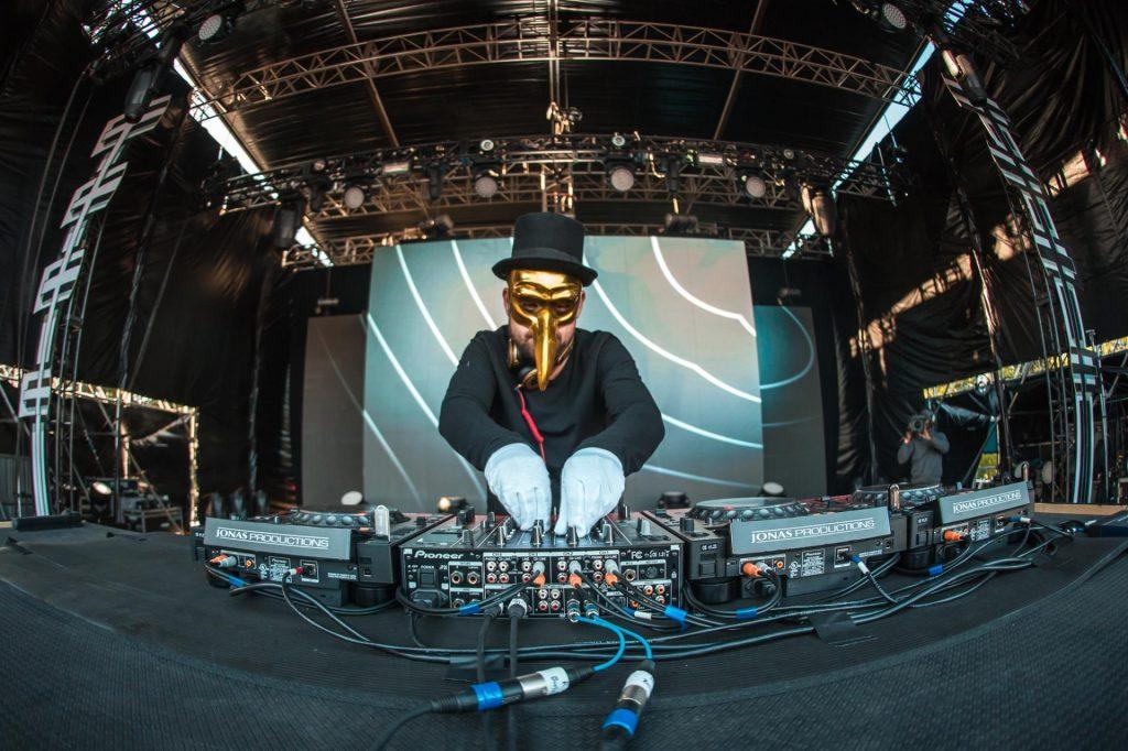 Claptone, el genio tras la máscara de Tomorrowland, llega a Madrid