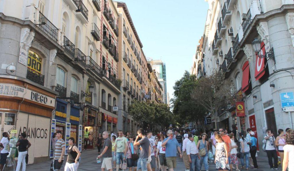 La calle Montera lavará su imagen con un hotel de cinco estrellas