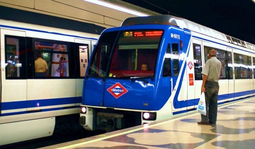 La línea 1 de metro será bilingüe a principios de 2019