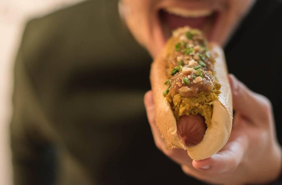 Perrito o hot dog: llámalo como quieras pero pruébalo en Paperboy