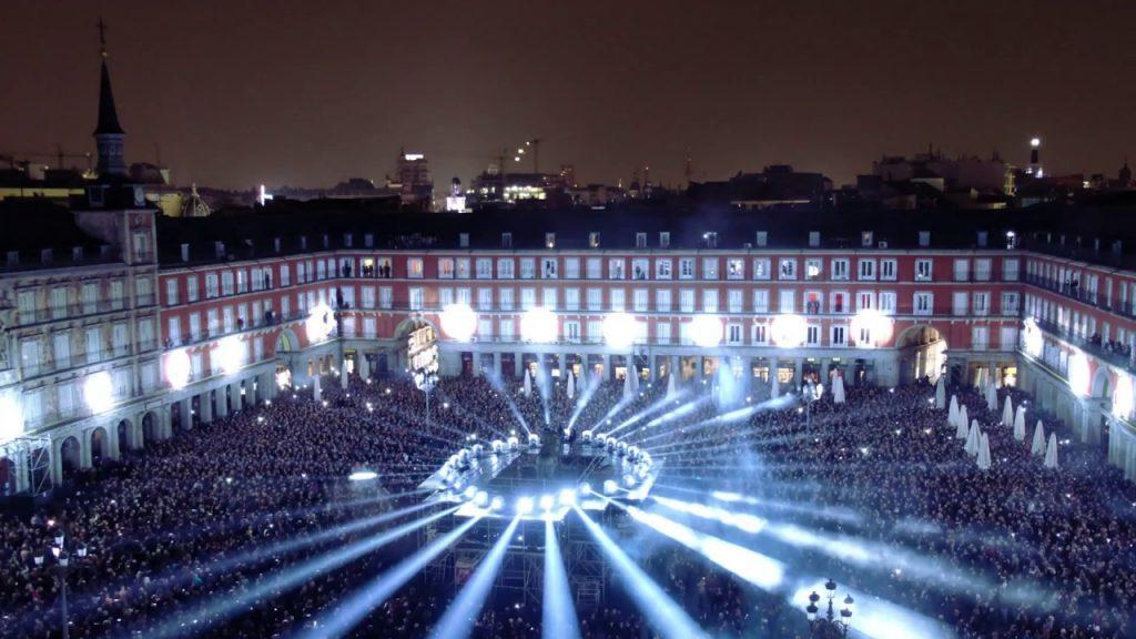 La historia de la Plaza Mayor, proyectada en 360º sobre sus cuatro fachadas