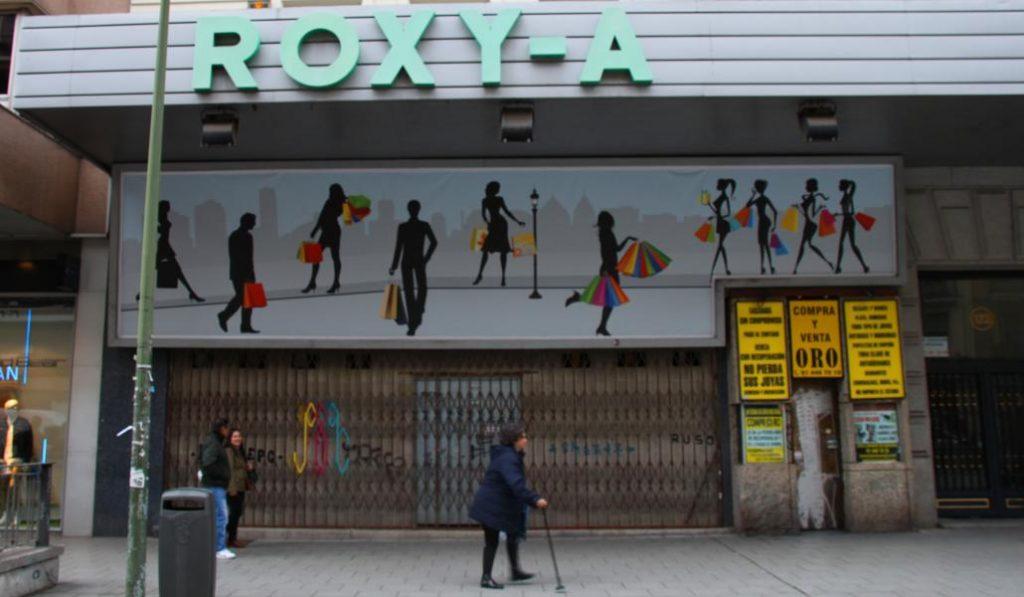 Los antiguos cines Roxy de la calle Fuencarral desaparecen para siempre