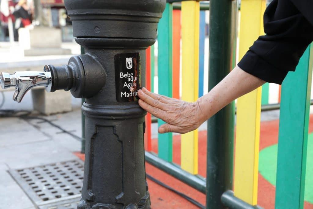 Madrid va a instalar 260 fuentes de agua nuevas en las calles