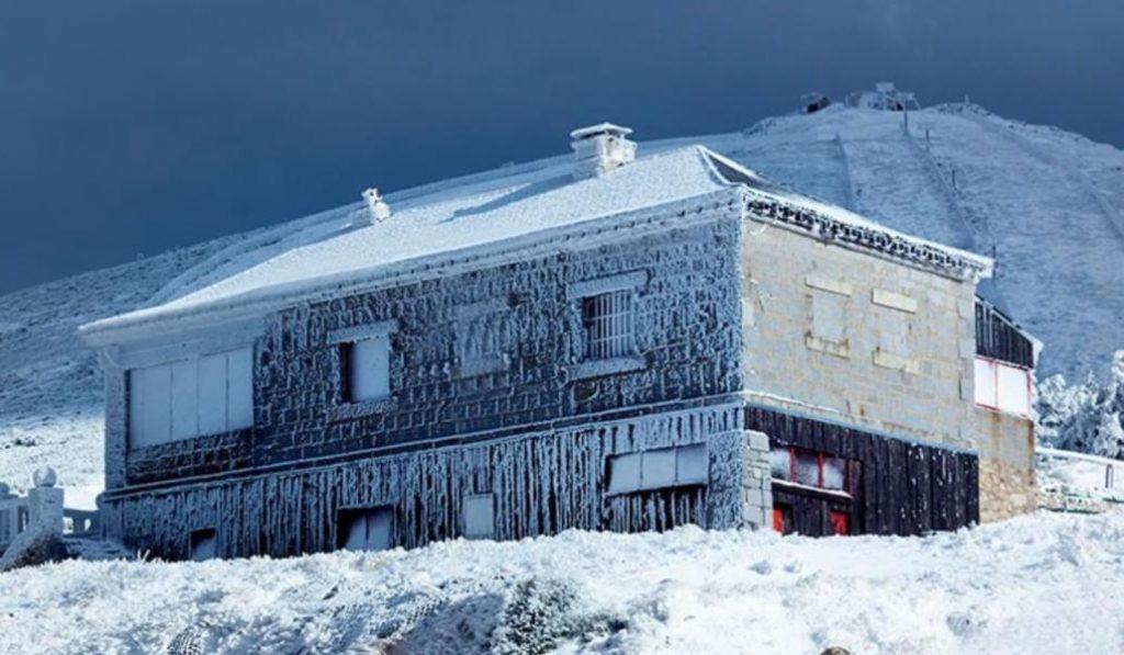 Nieva en Navacerrada a principios de abril