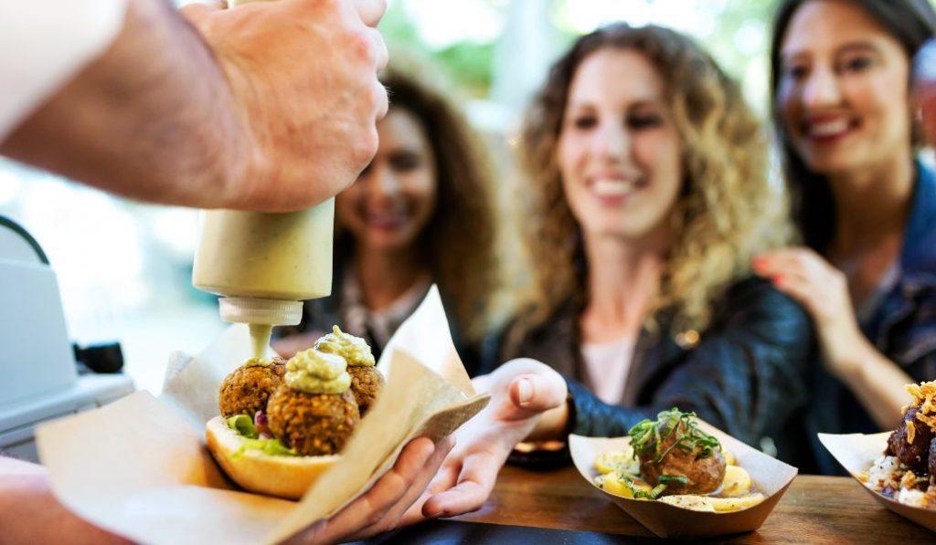 Van Van Market: el mercado gastronómico al aire libre de Conde Duque