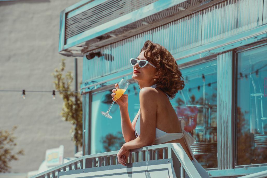 Mimosas By The Sun Alexis y Fido