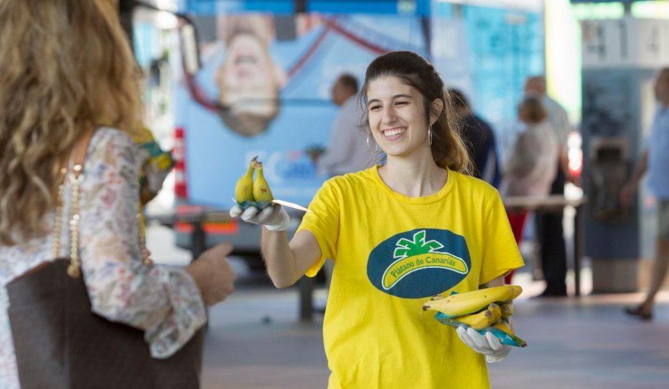 Los Intercambiadores de Madrid repartirán medio millón de plátanos gratis a sus viajeros