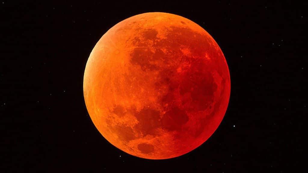 Dónde disfrutar como un astrónomo del eclipse lunar en Madrid