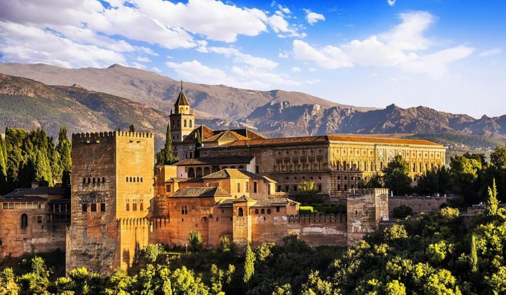 El AVE Madrid-Granada empezará a funcionar a finales de junio