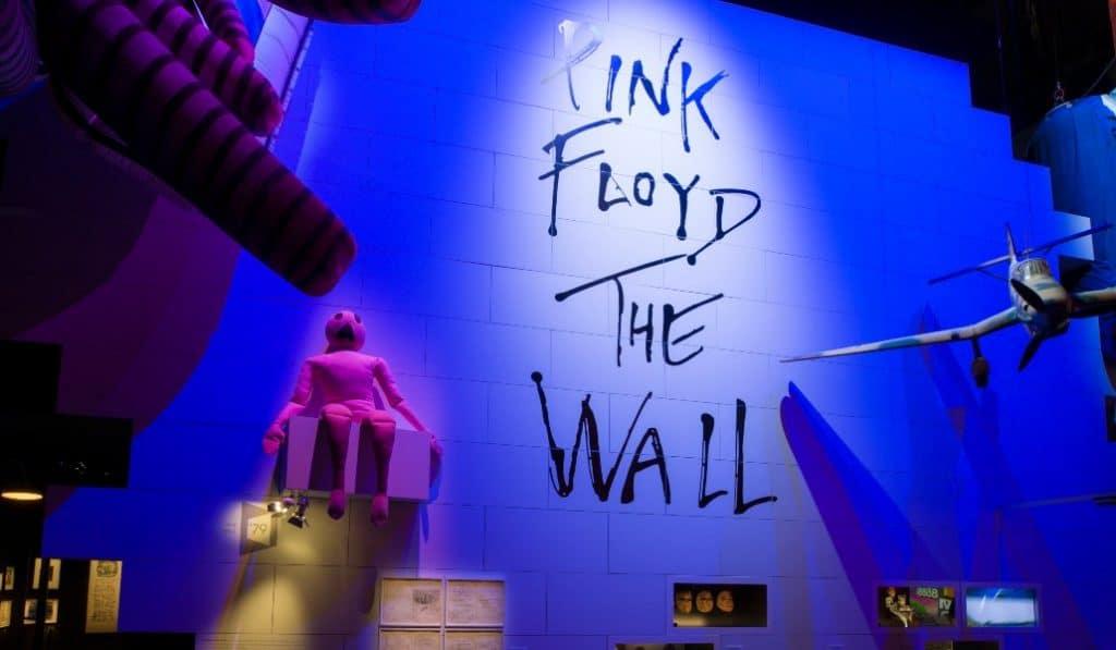8 cosas que solo podrás ver en la exposición de Pink Floyd en Madrid