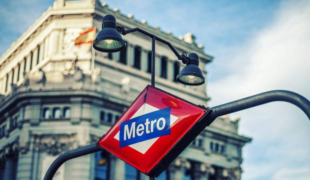 Madrid reclama una nueva estación de metro llamada «Apolo»