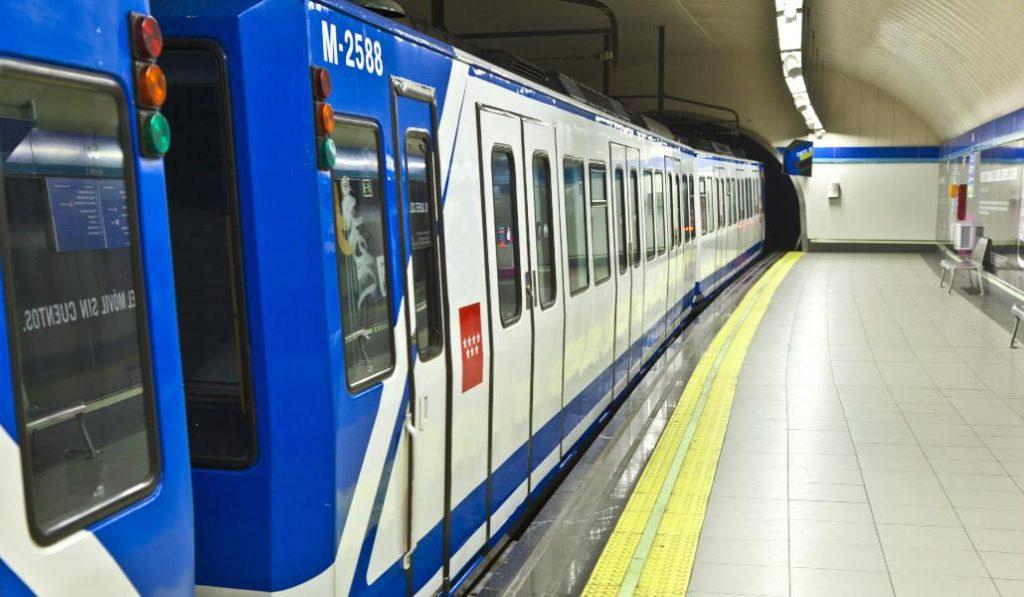 La estación de Bilbao reabre los andenes de la línea 4 este sábado
