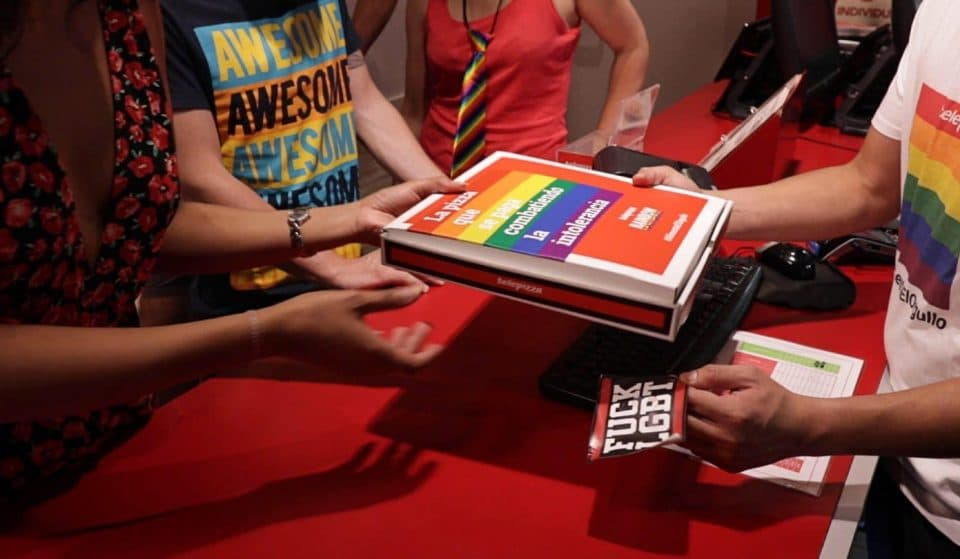 Telepizza cambia mensajes de odio por pizza gratis durante el Orgullo