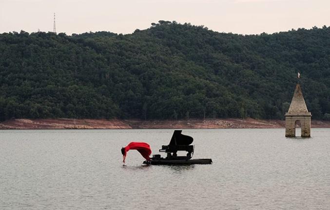 le-piano-du-lac-concierto-piano-flotante-madrid