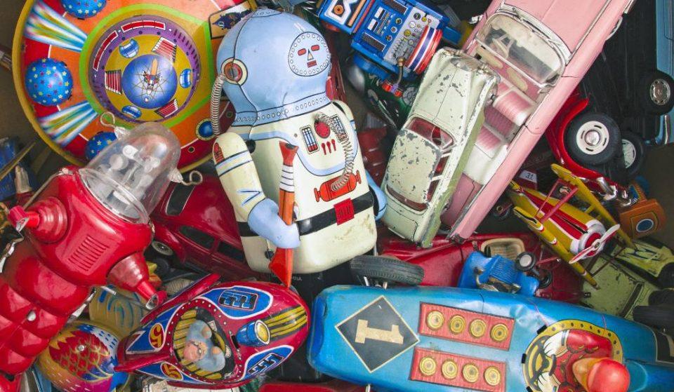El nuevo mercado de los juguetes antiguos de Madrid
