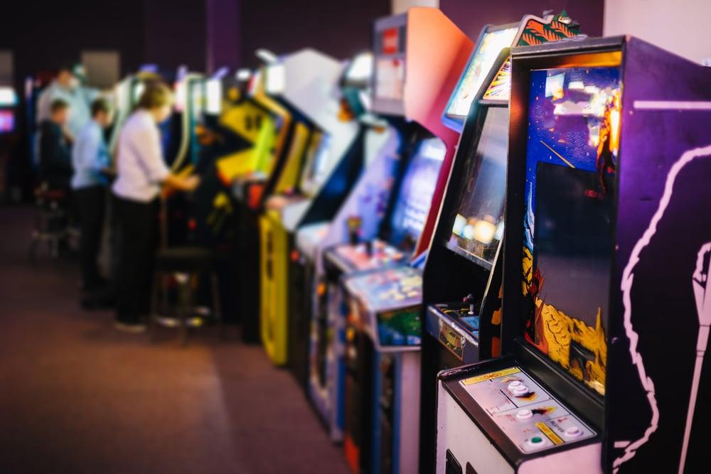 Cine y videojuegos para viajar a los 80 sin salir de Madrid