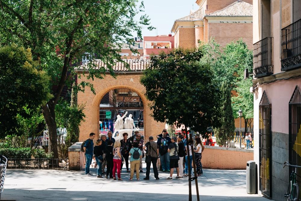 Las rutas guiadas que devuelven a Malasaña la Movida Madrileña