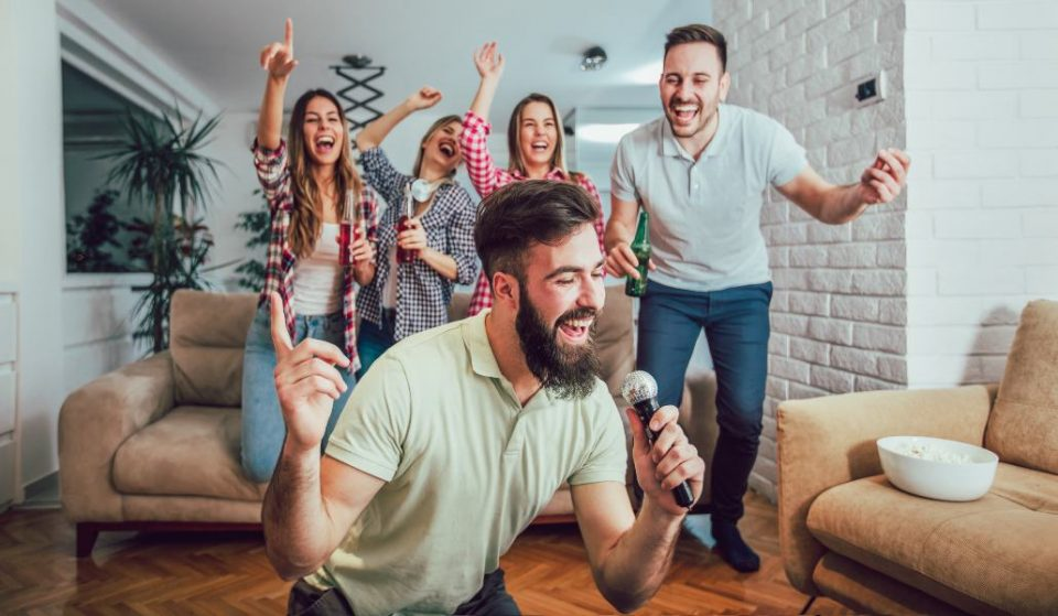 Un karaoke japonés con habitaciones insonorizadas abre en Madrid
