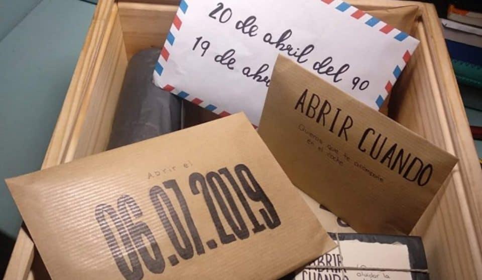 Una chica pierde una caja con todos los recuerdos de su historia de amor en Madrid