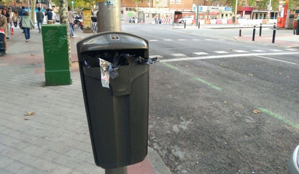 Madrid tendrá 900 papeleras inteligente y 90 carros de basura motorizados