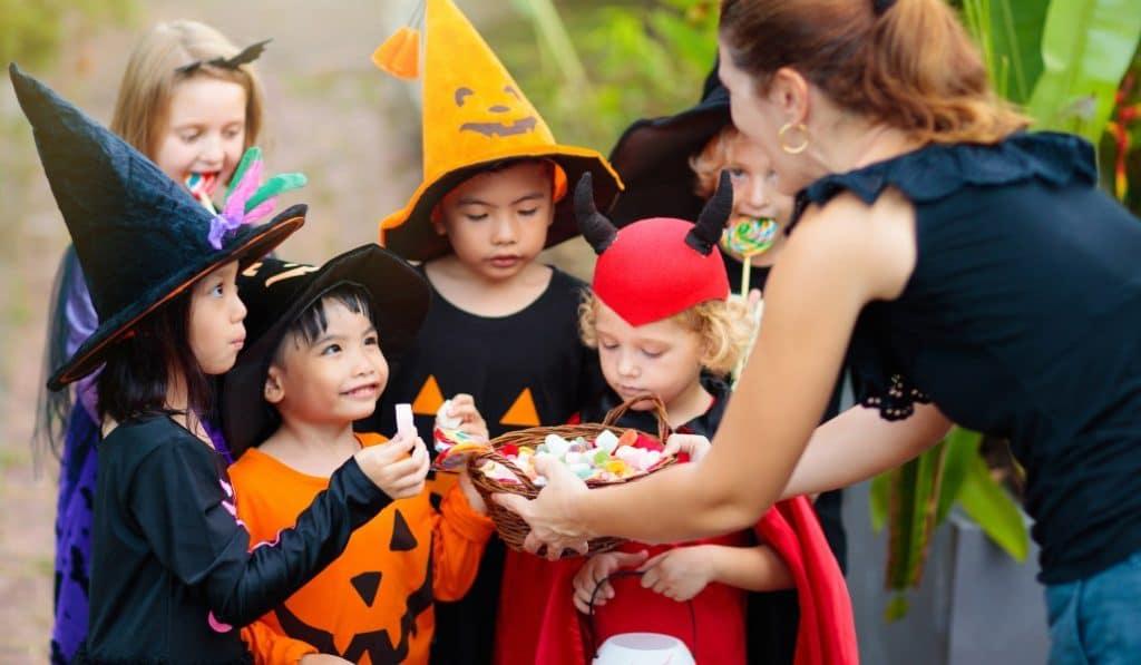"""Malasaña organiza su propio """"Truco o Trato"""" por Halloween"""