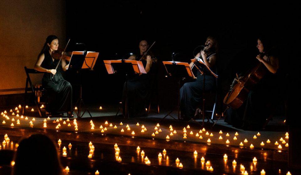 Un concierto de música tenebrosa a la luz de las velas para celebrar Halloween