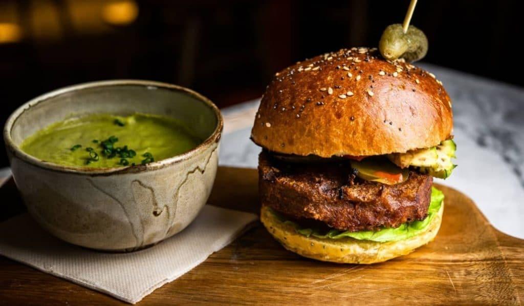 La Martinesa: todavía es posible sorprender en una hamburguesería