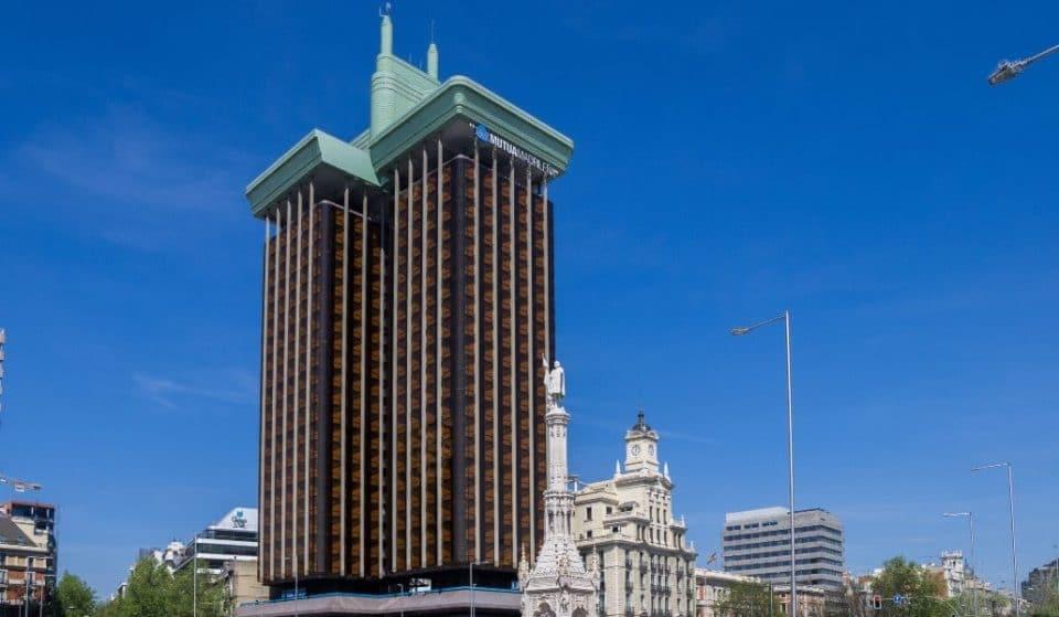 Las Torres Colón perderán su emblemático «enchufe» y cambiarán de color