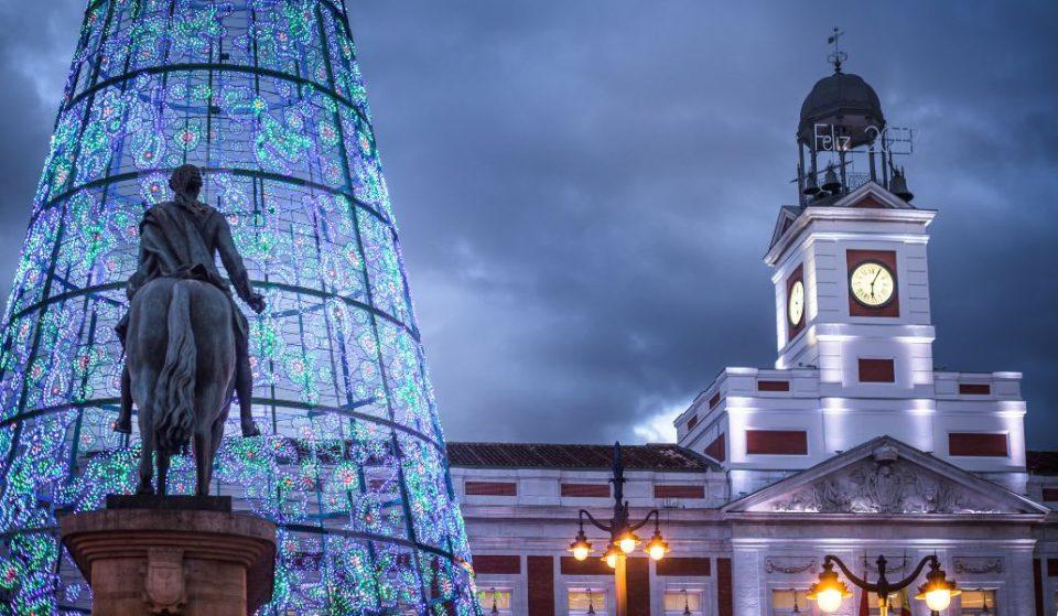 La Puerta del Sol celebra la Nochevieja con un «videomapping» y un videoclip