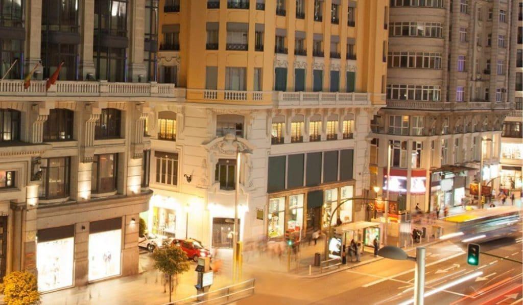 El hotel de Cristiano Ronaldo en plena Gran Vía abre hoy