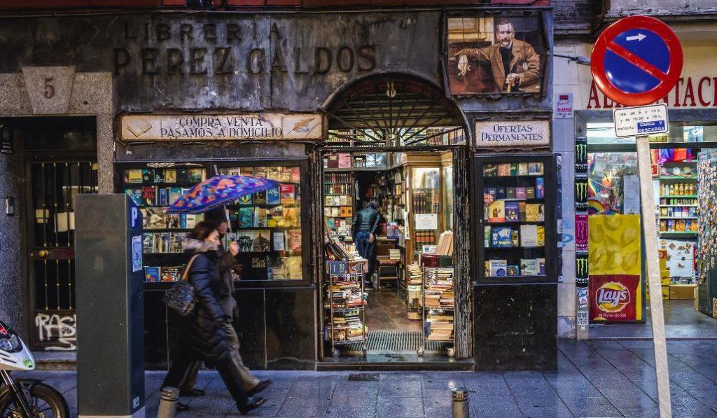 Madrid reparte 2.000 libros gratis a los ciudadanos durante este sábado