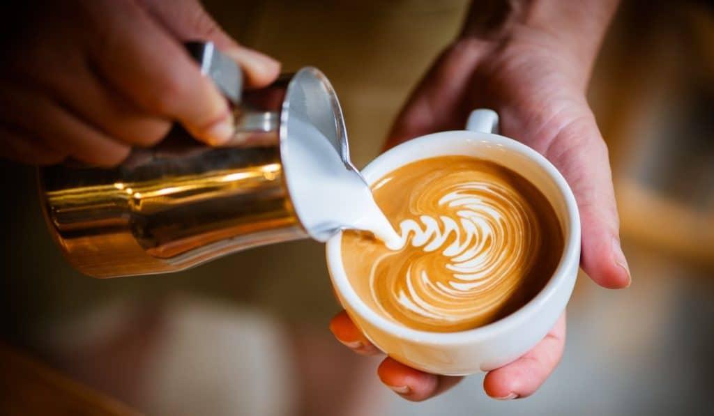 El café más barato de España se toma en Madrid