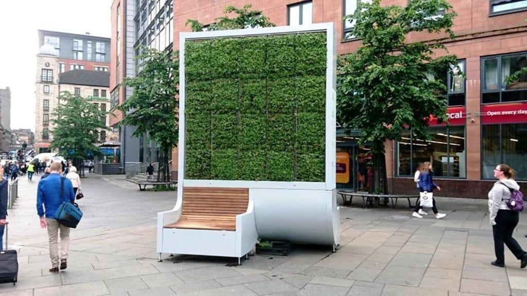 Uno solo de estos árboles artificiales hace lo mismo que 275 árboles naturales