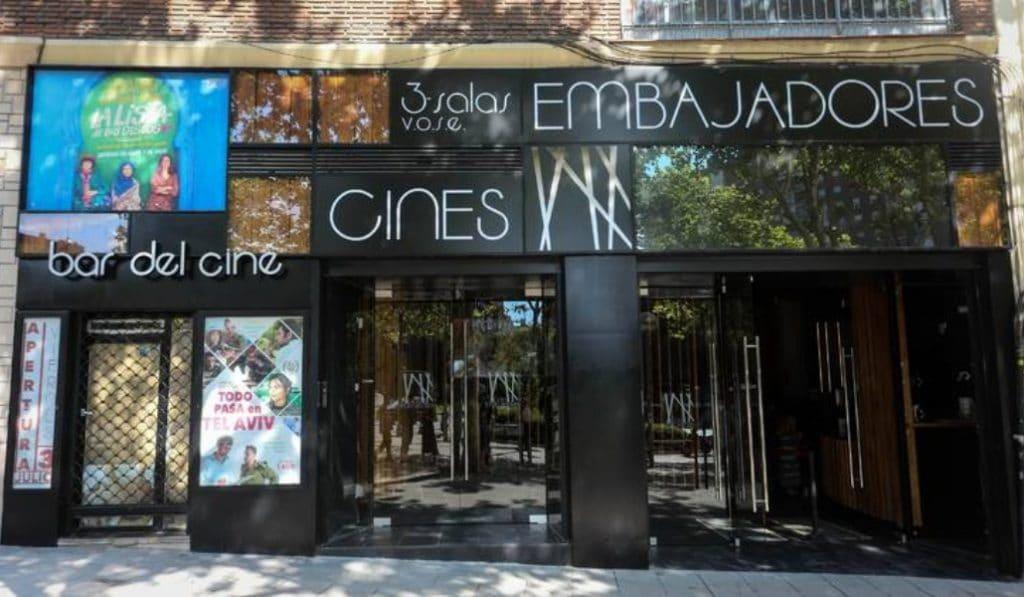 El Cine Embajadores abrirá, por fin, este viernes (y ya puedes comprar tu entrada)