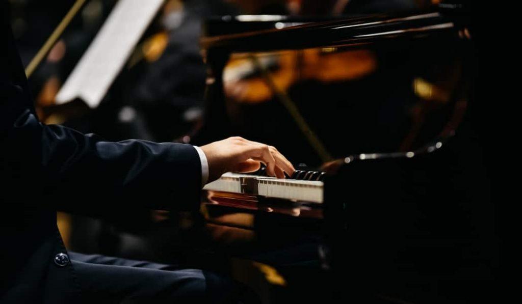 10 obras para piano imprescindibles que tienes que escuchar