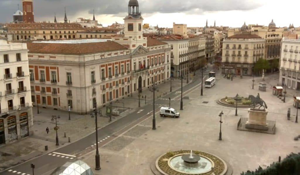 Madrid vacío y en directo: las cámaras que retransmiten la ciudad desierta