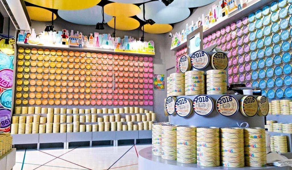 La tienda de tortillas en lata de la Plaza Mayor cierra definitivamente