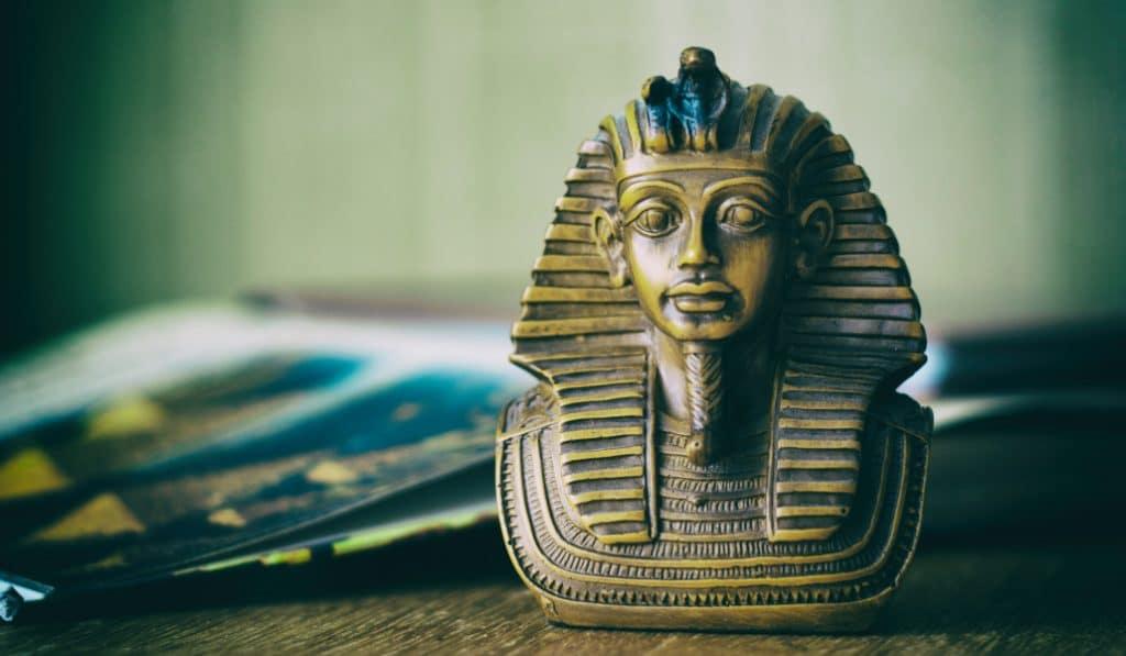 Murder Mystery Online: La leyenda de Tutankamon