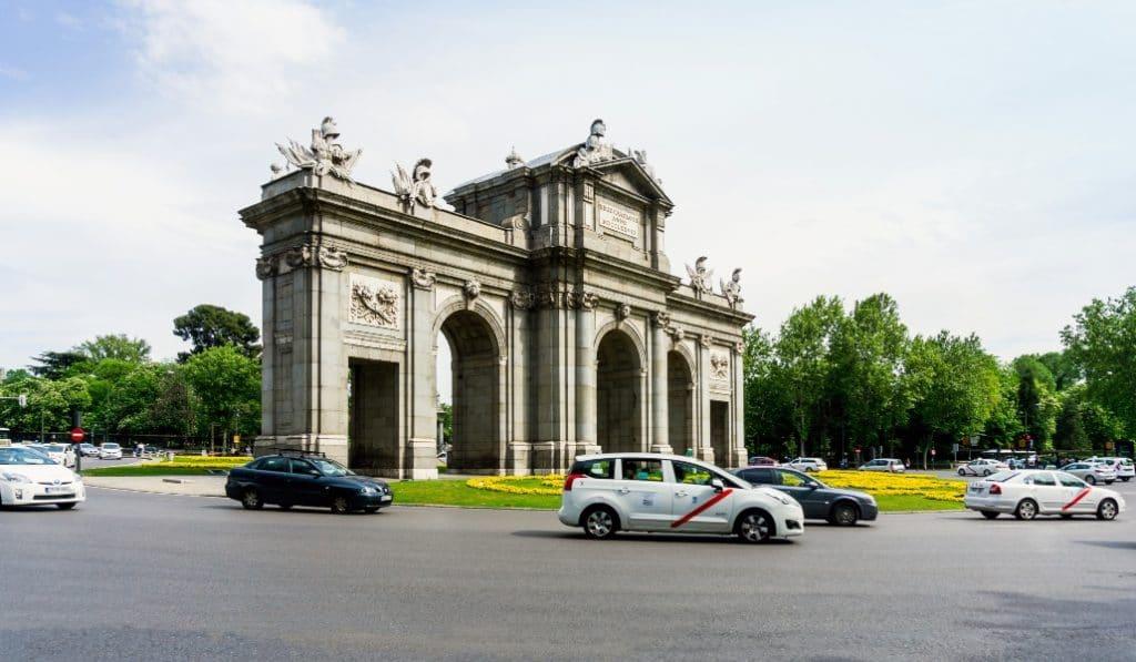 Taxi de Madrid ha hecho más de 75.000 traslados gratuitos durante el primer mes de estado de alarma