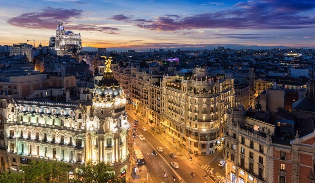 El Ayuntamiento de Madrid propone medalla de oro para los sanitarios