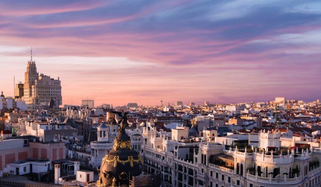 De Madrid al cielo no es solo una frase hecha: el poema que una lectora le ha escrito a Madrid