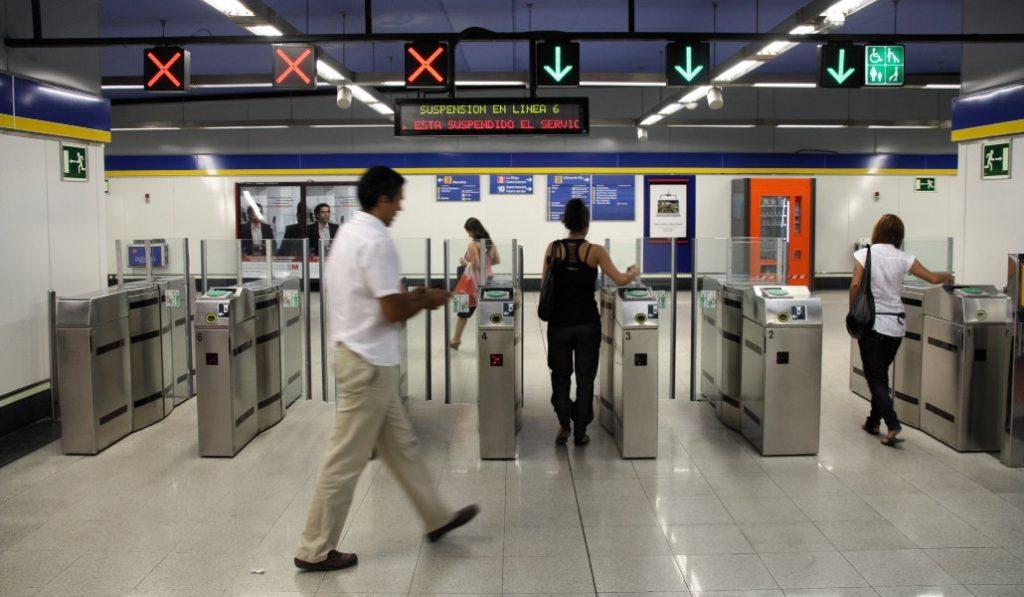 Los tornos del metro de Madrid se bloquearán para impedir el exceso de aforo