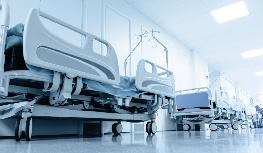 Madrid promete construir un hospital solo para epidemias en otoño