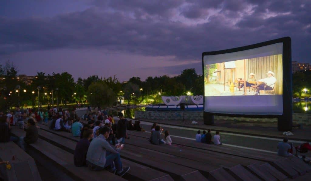 No te puedes perder este cine de verano (gratis) y al aire libre