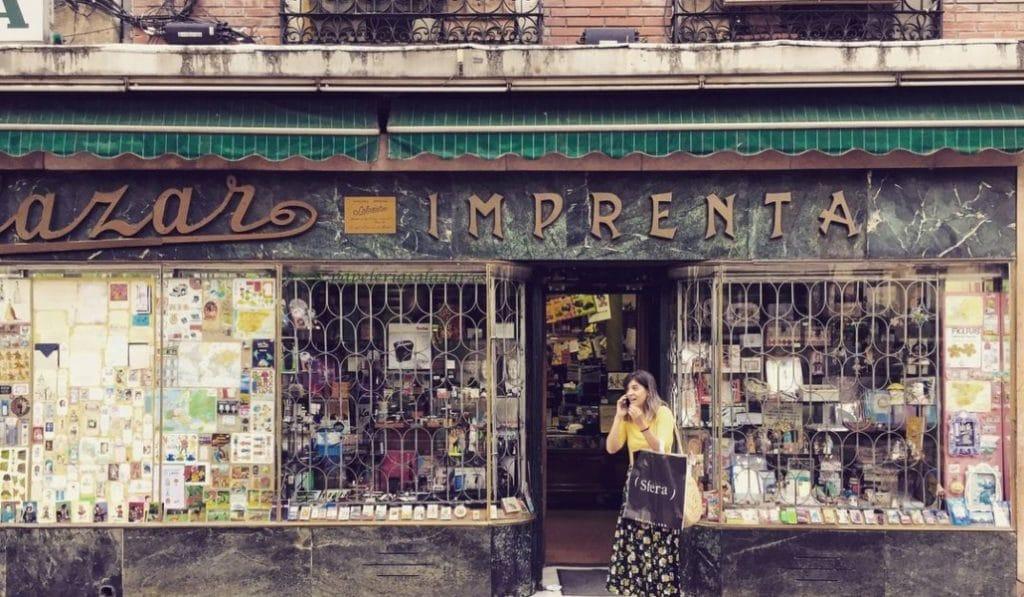 Cierra Salazar, la papelería mas antigua de Madrid