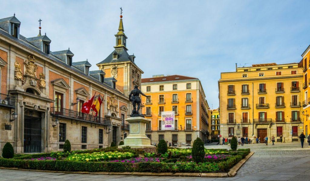 El Ayuntamiento organiza visitas guiadas por Madrid a un euro