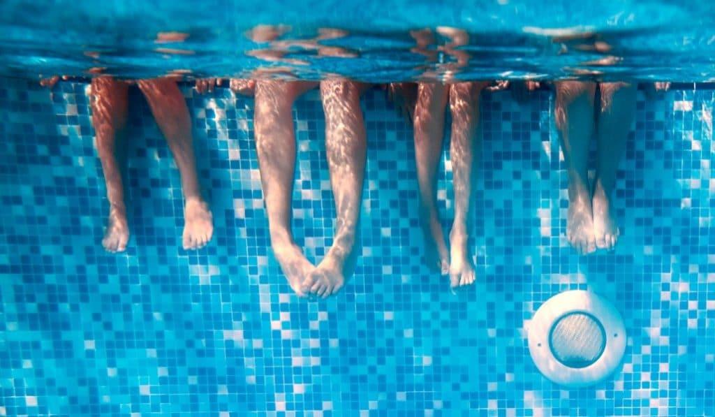 Nudismo en la piscina: el Día sin Bañador regresa a Madrid
