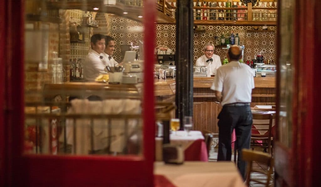 Una imagen, mil palabras: El bar